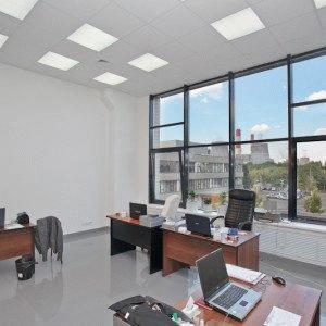 Арендовать помещение под юридический адрес или снять готовый юрадрес? Что лучше?