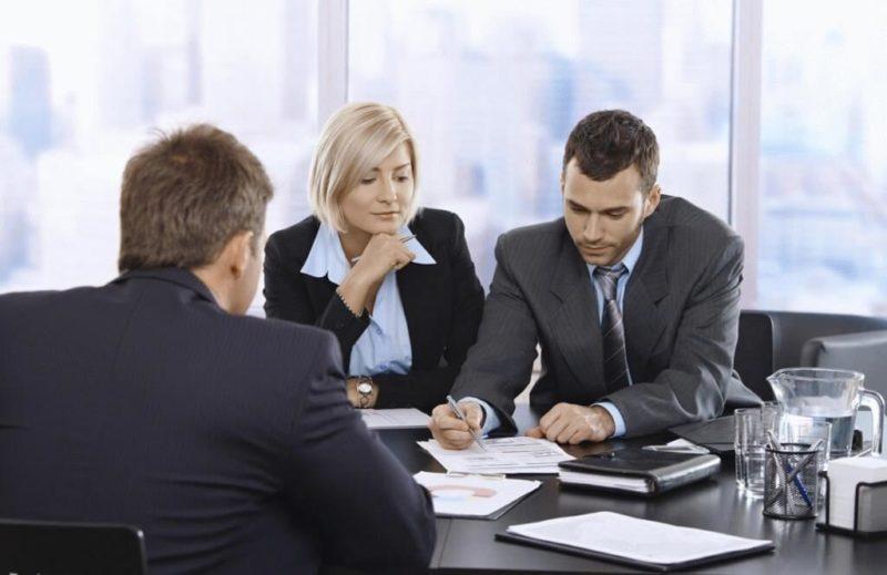 Обращаясь за юридической консультацией, клиент может получить исчерпывающие сведения по регистрации юридического лица