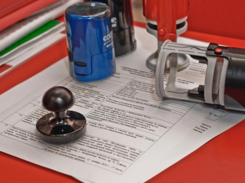 Регистрацию ООО учредитель может осуществлять тремя способами - самостоятельно, путем обращения в специализированную фирму или приобретая готовое юр. лицо.